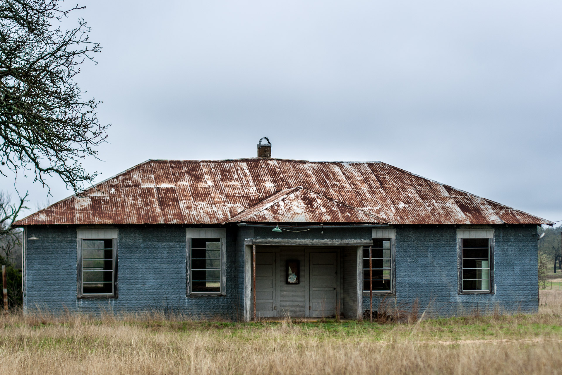Johnson City, Texas - A Double Door Mystery Building (front close)