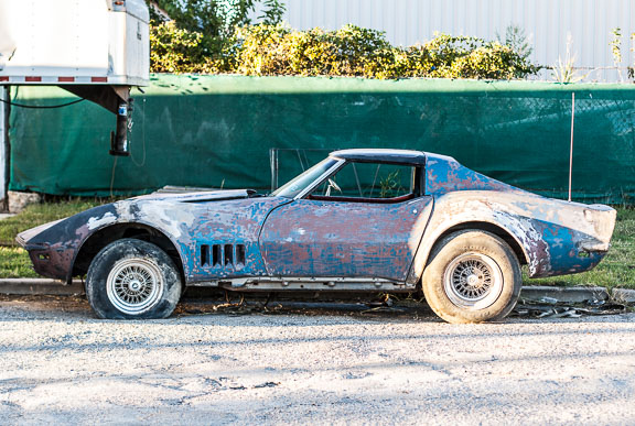 A Painterly Corvette + Friday Link Love