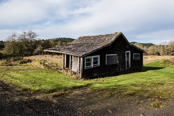 Montesano, Washington - A Sinking Mountain House
