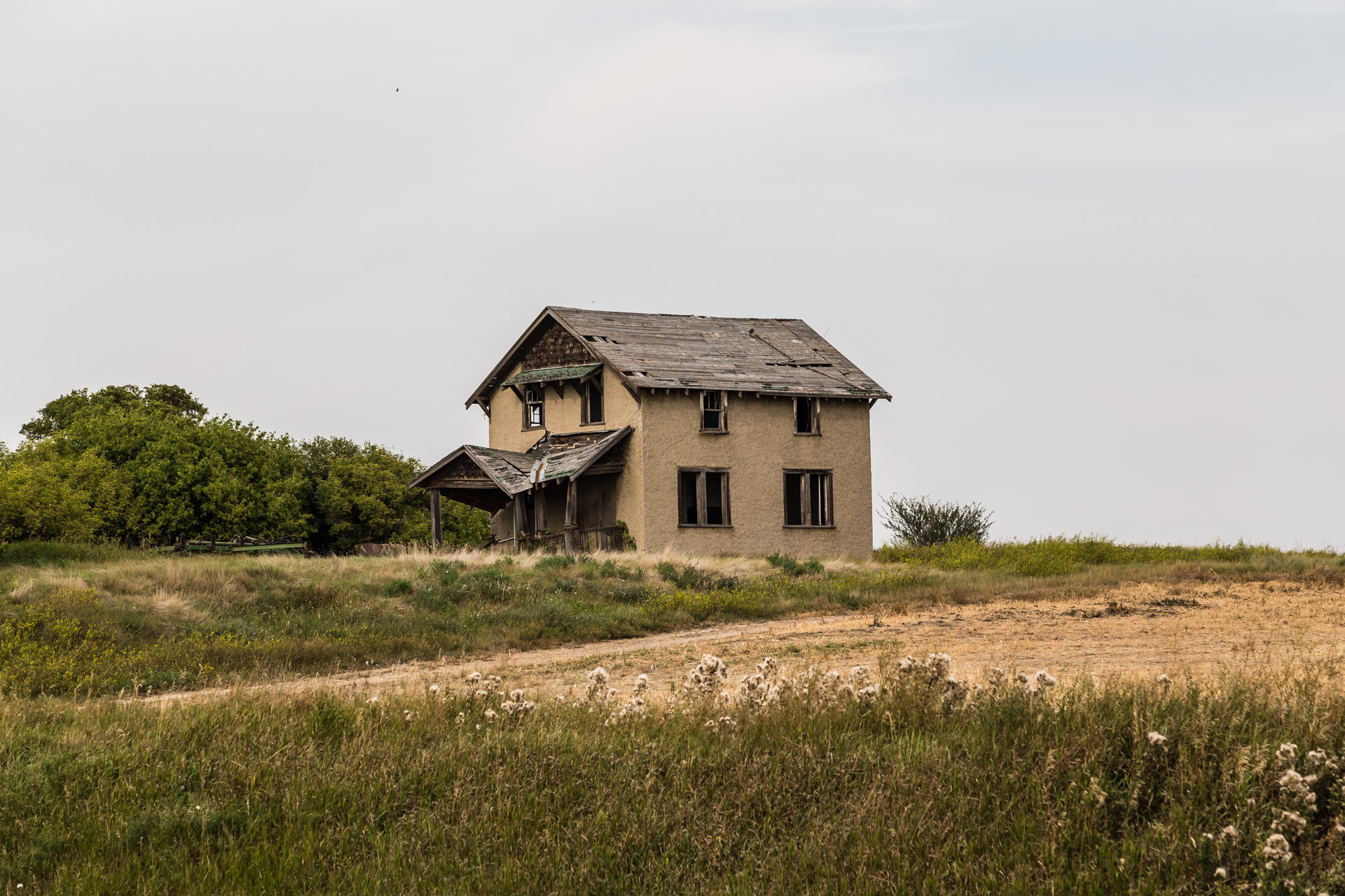 Hilltop Farmhouse (angle close)