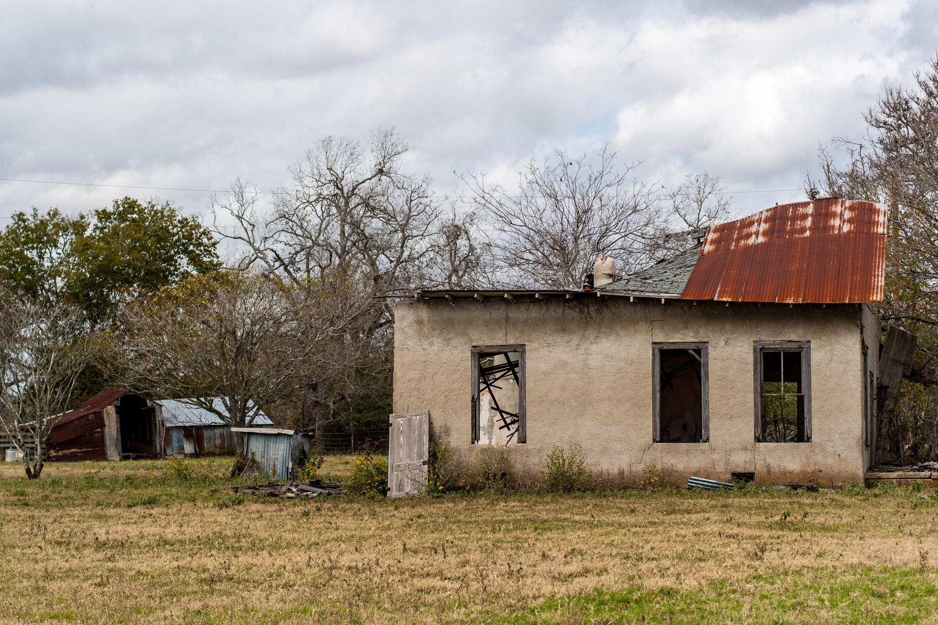 La Grange, Texas - An Impacted Roof Farmhouse (offset)