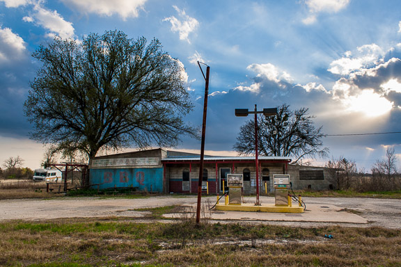Elgin, Texas - BBQ And Gas Station