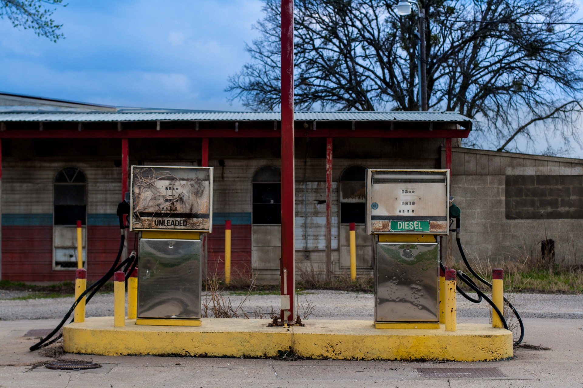 Elgin, Texas - BBQ And Gas Station (front pumps)