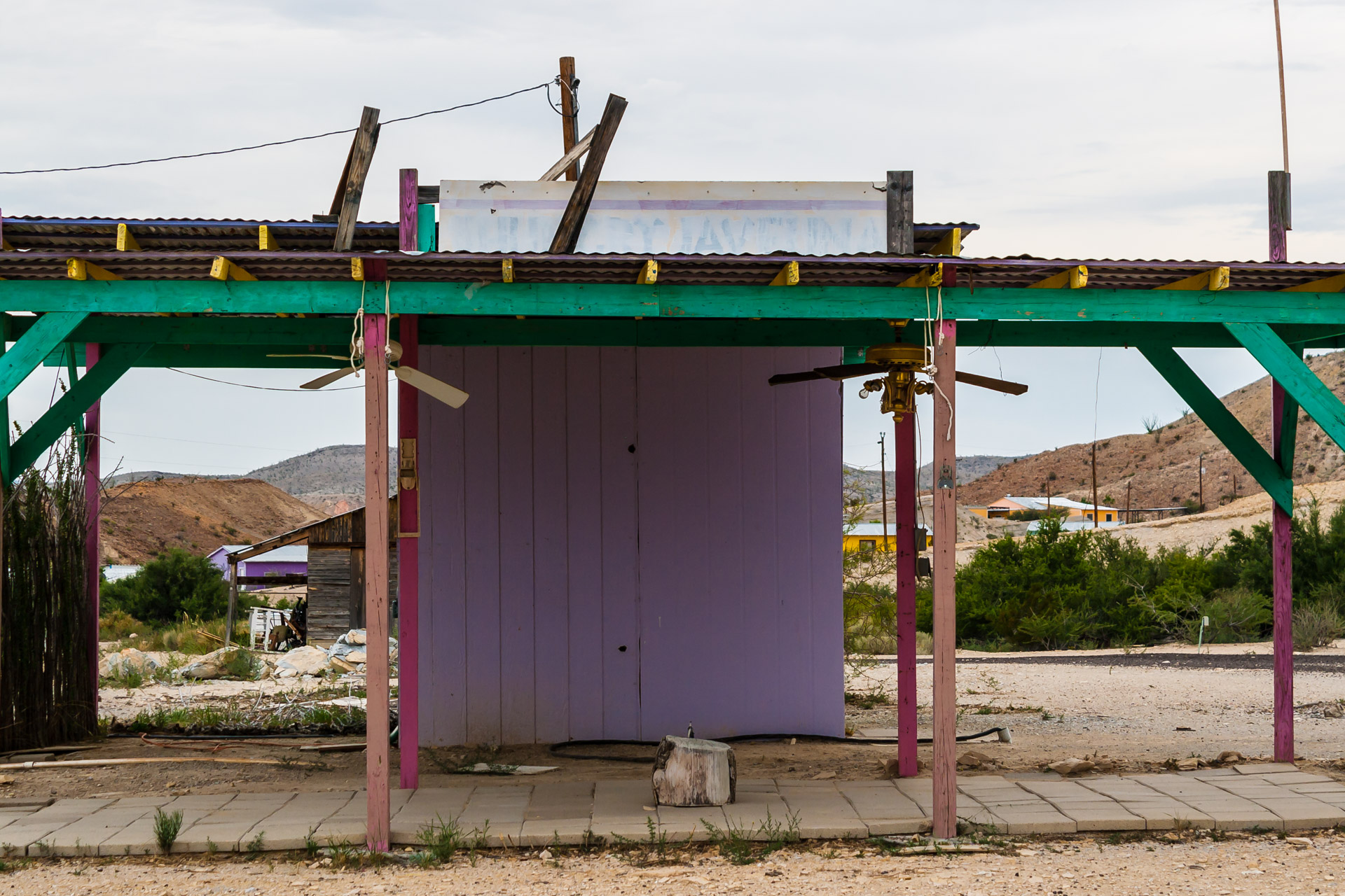 Colorful Desert Shack (front close)