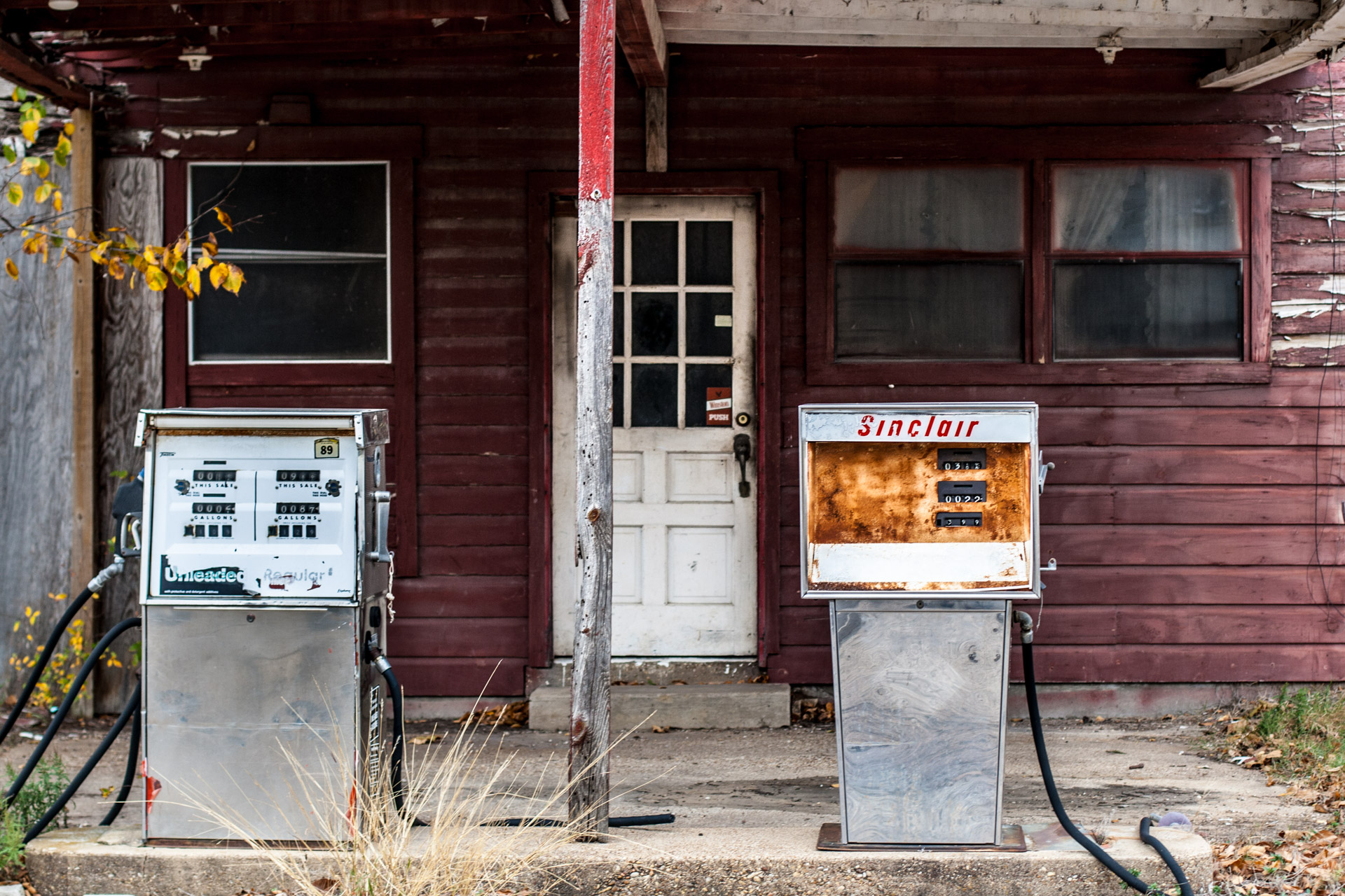 Kosse, Texas - Old Gas Pumps Gas Station (front close)