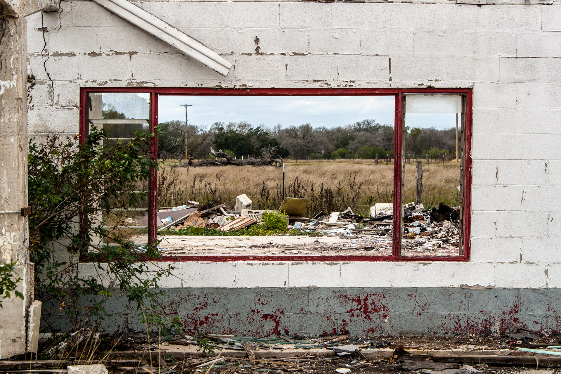 Gillett, Texas - One Wall Ruin (front window)