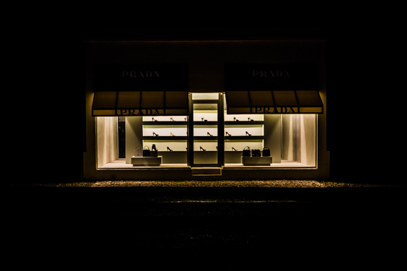 Prada Marfa + Friday Link Love