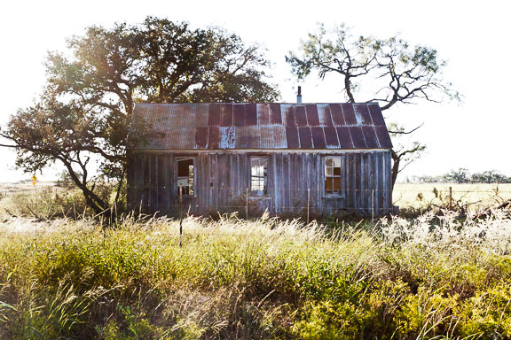 Mason County, Texas - The Broken Windows House