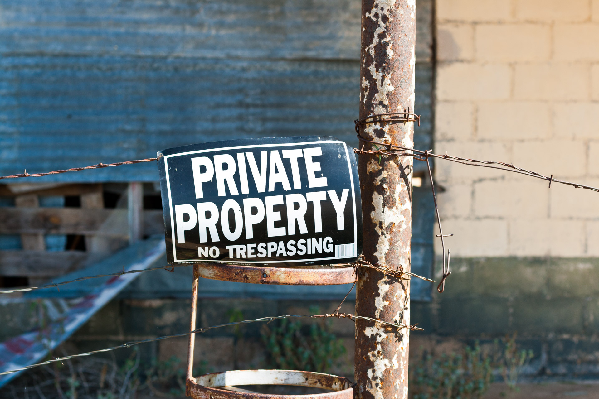 Talpa, Texas - The Falling Tin Store (private property sign)