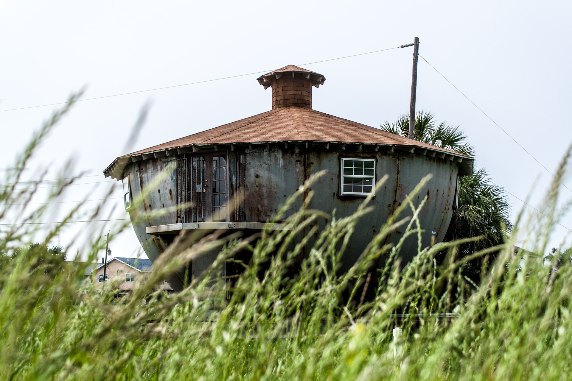 Galveston, Texas - The Kettle House (behind grass)