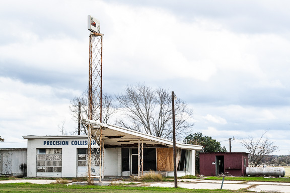 Seguin, Texas - The Precision Collision Shop