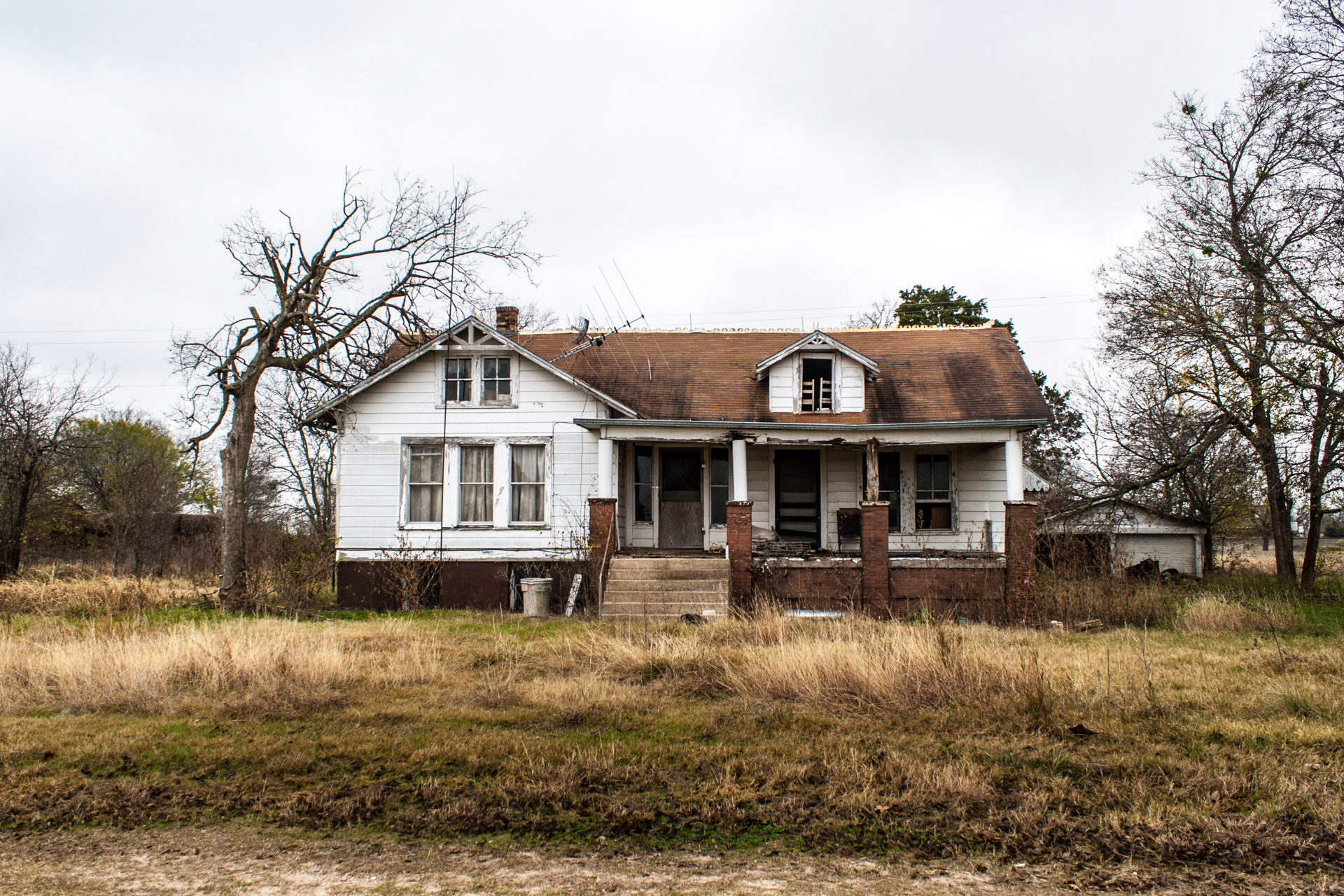 Buckholts, Texas - The Two Front Door House (front far)