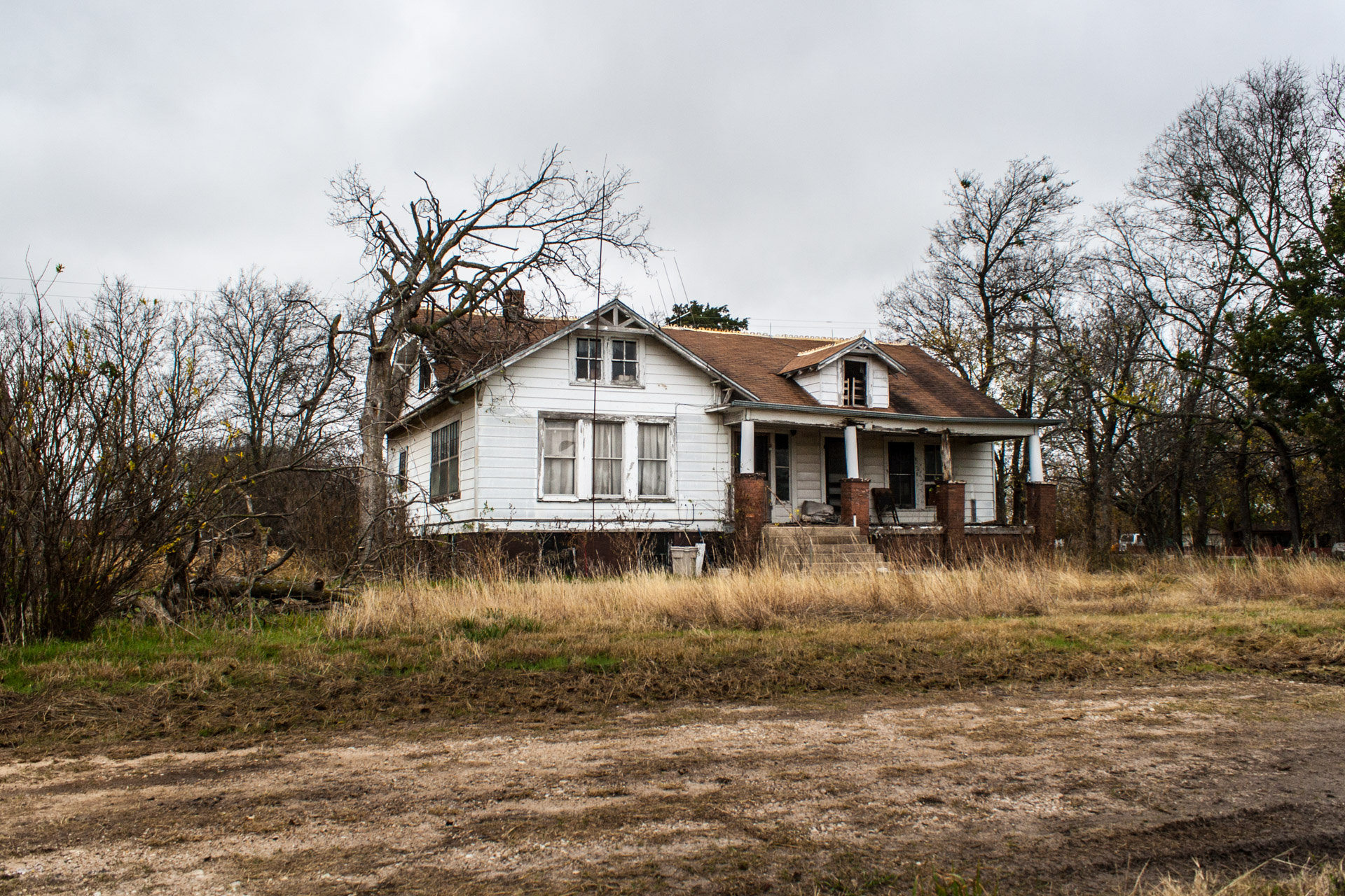 Buckholts, Texas - The Two Front Door House (front far 2)
