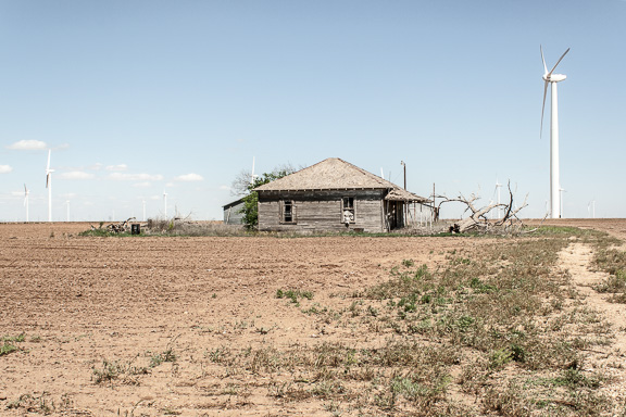 Loraine, Texas - Wind Turbine Community-Storage House